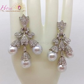 18K WG Diamond South Sea White Pearl Earrings Victoria Style