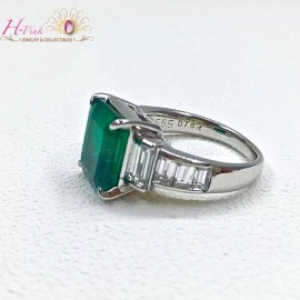 5.55ct Vivid Green Emerald Ring Muzo Columbia Insignificant GRS