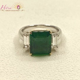 4.54ct Emerald Ring Zambia Insignificant GRS