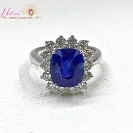 5.69ct Untreated Unheated Cornflower Blue Sapphire & Diamond Ring GRS
