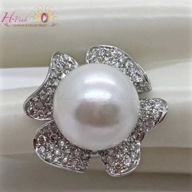 18K White Gold Diamond 17mm South Sea White Pearl Flower Ring